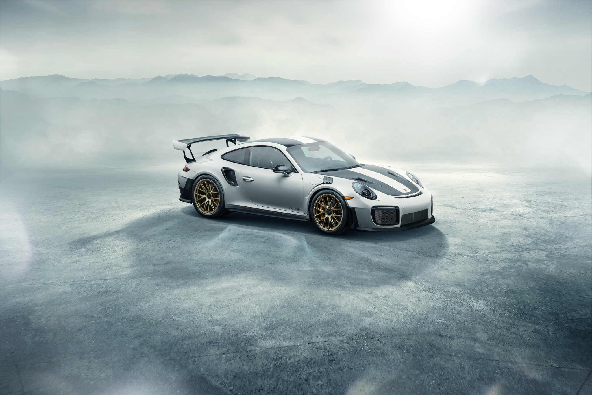 991_GT2RS_Weissach_Mike_Maez-5